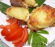 Kepsneliai su ananasais ir sūriu