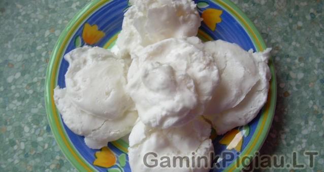 Vaniliniai zefyrai be kiaušinių