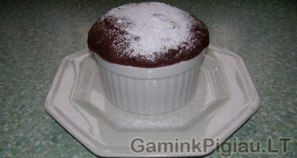 Pyragas, keptas mikrobangų krosnelėje