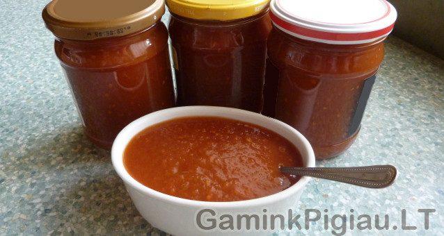 Pomidorų padažas su obuoliais