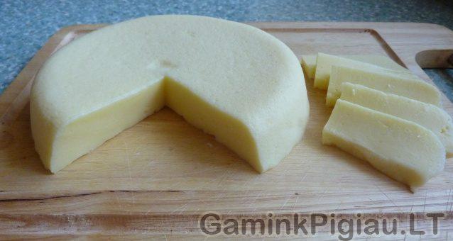 Naminis lydytas sūris